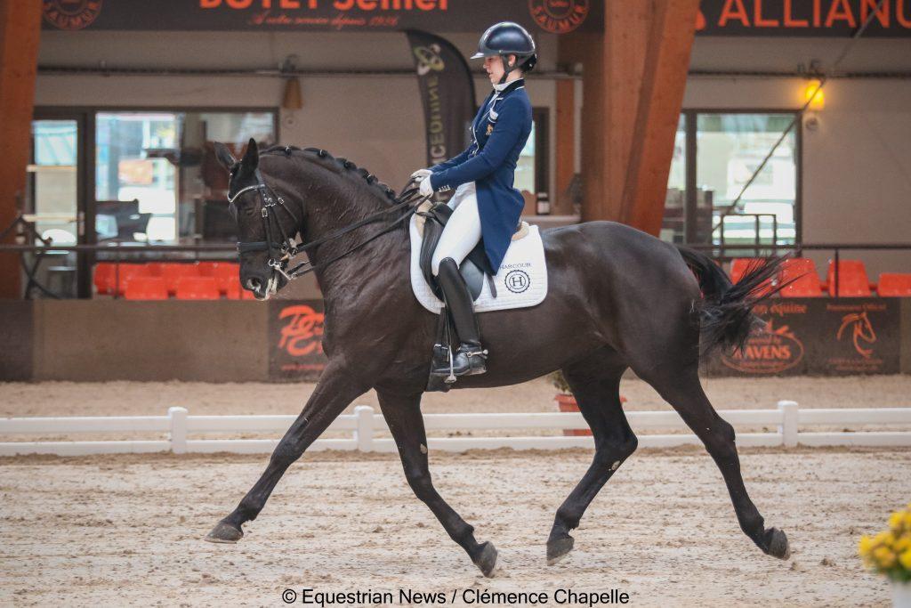RCC)I.JR  OEquestrian News / Clémence Chapelle